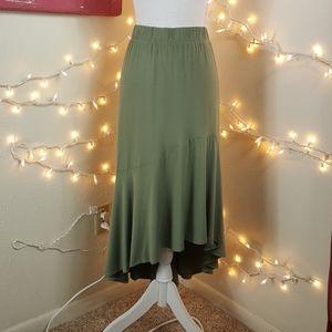 🆕️Ava & Viv Khaki Hi-low Walk-through Skirt
